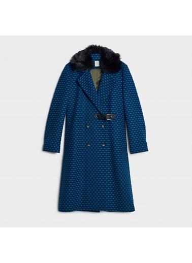 Yargıcı Kürk Detaylı Palto Mavi